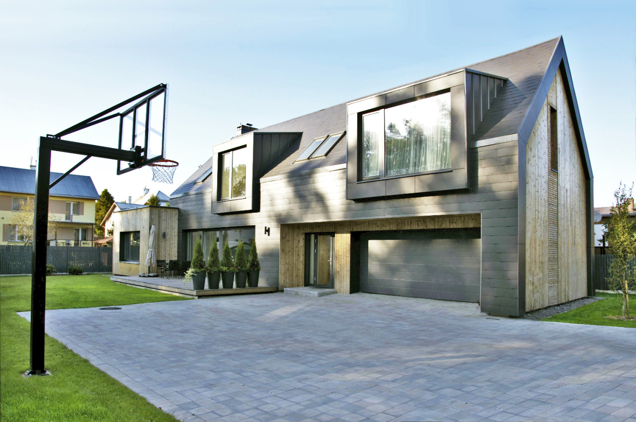 Namas prie krepšinio lentos | A2X2 ARCHITEKTAI